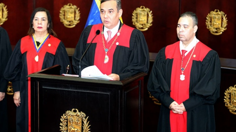 Venezuela's chief justice Maikel Moreno, who now has a US $5 million bounty on his head, addresses the Supreme Court. (@MaikelMorenoTSJ / Twitter)